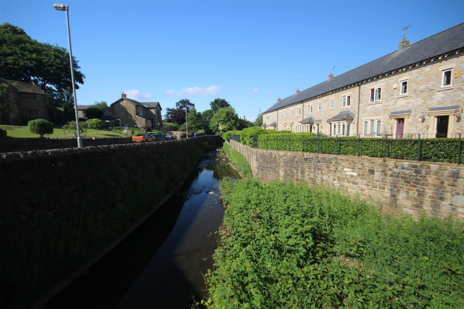 1 bedroom apartment To Let in Earby - IMG_7629 copy.jpg